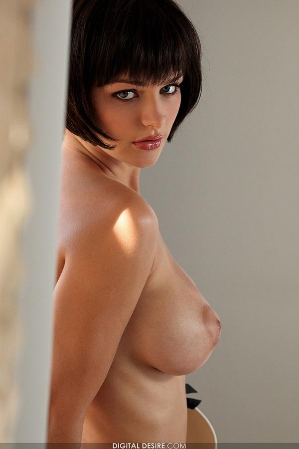 Фото девушек голых с короткой стрижкой 50205 фотография